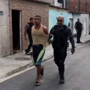 Miliciano integrante da quadrilha de Ecko é preso por receptação de veículo roubado