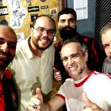 GRÁTIS: Banda USTRES agita almoço beneficente com sucessos Pop dos anos 80 e 90 em asilo no Méier