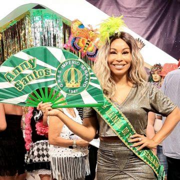 Anny Santos está mais do que pronta para desfilar como Rainha do Império Serrano