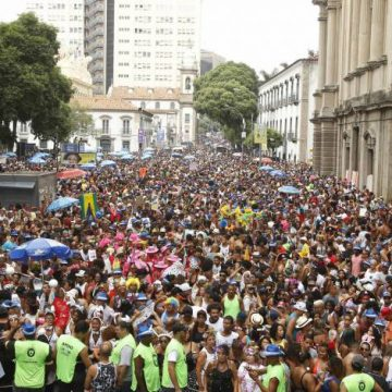 Carnaval do Rio vai gerar R$ 1 bilhão na economia, aponta Fecomércio