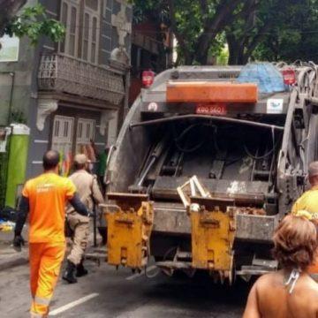 Comlurb coletou 21,4 toneladas de lixo nos blocos de rua deste fim de semana