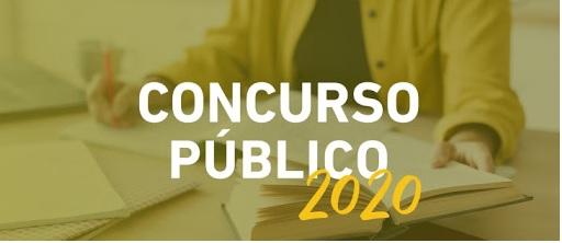 """""""Concursos públicos, só os essenciais"""", diz Bolsonaro"""