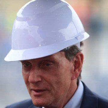 Crivella diz que, 'por não saber sambar', não irá ao Sambódromo no carnaval