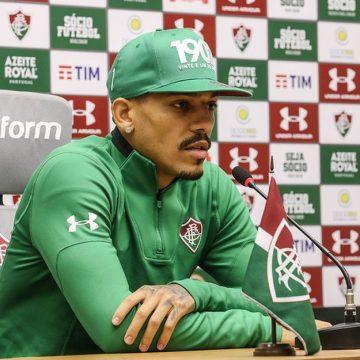 """Flamengo favorito no Fla-Flu? Gilberto rebate: """"Em clássico não tem isso, rivalidade fala mais alto"""""""