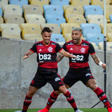 Flamengo goleia Cabofriense, Gabigol marca três e vira artilheiro do novo Maracanã