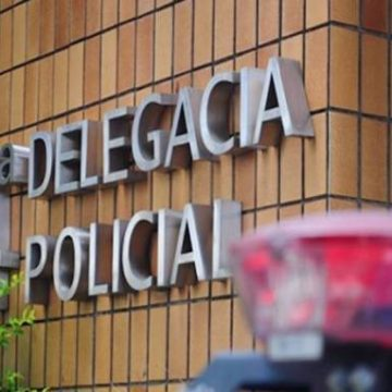 Homem é baleado após lutar com criminosos dentro de casa em Campos, no RJ