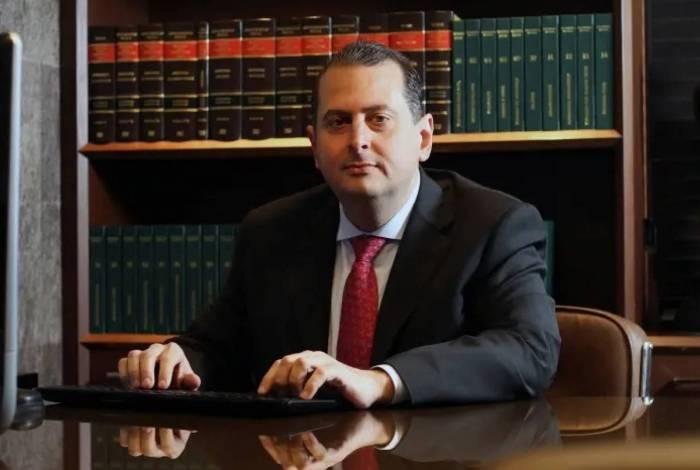 Juiz que mandou fazer buscas na casa de reitor: Judiciário não pode ter medo