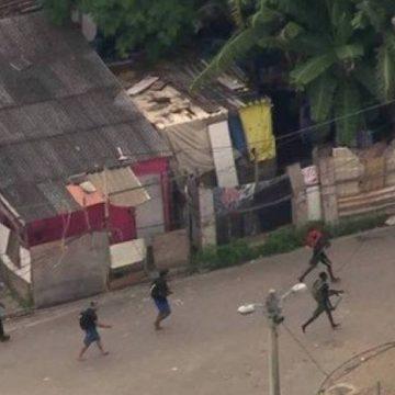 Operação na Cidade de Deus termina com um baleado, três presos e um menor apreendido