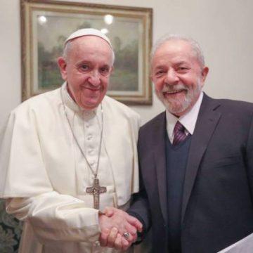 Papa Francisco recebe ex-presidente Lula no Vaticano