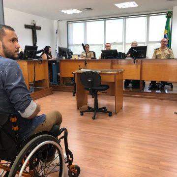 Soldado acusado de deixar morador da Maré paraplégico após seis tiros é julgado no Rio