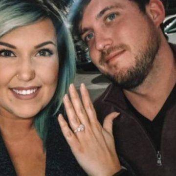 Casal forja pedido de casamento em bar para ganhar bebidas em restaurantes
