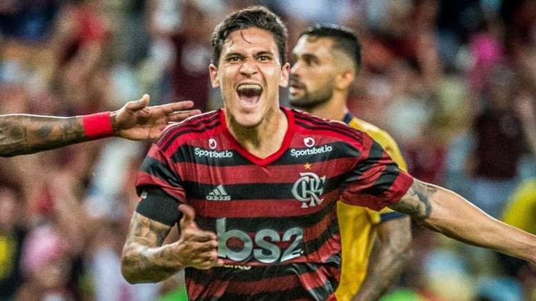 Reserva de luxo: Pedro supera histórico e participa de um gol a cada 14 minutos pelo Flamengo