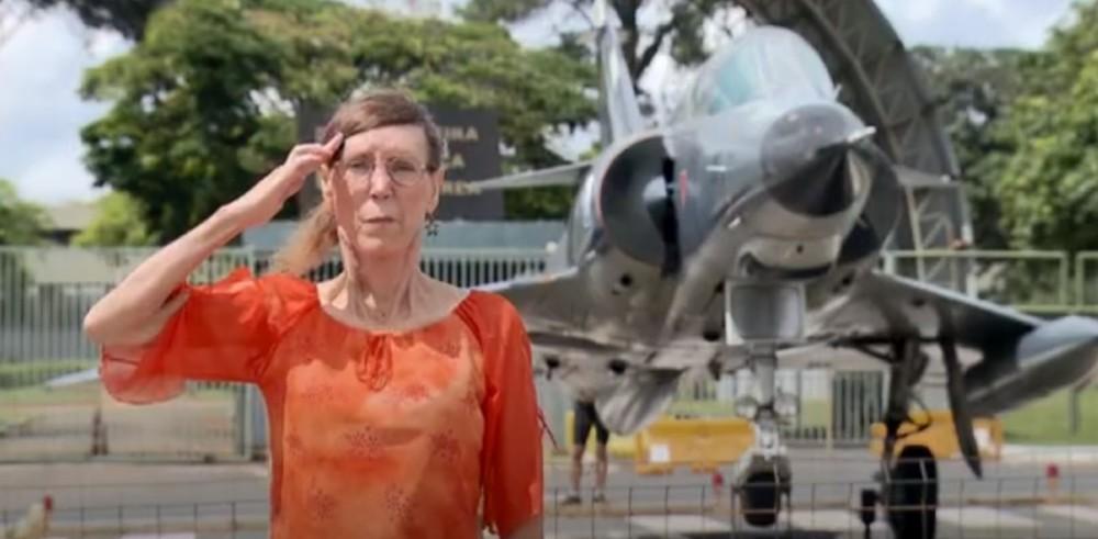 Primeira transexual da FAB ganha na Justiça direito a permanecer em imóvel funcional em Brasília