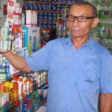 Coronavírus: máscaras descartáveis e álcool em gel já estão em falta nas farmácias do Rio