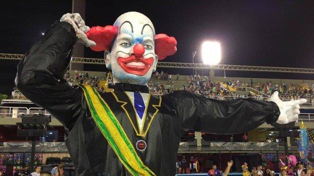Com crítica a Bolsonaro, Acadêmicos de Vigário Geral abre 1ª noite da Série A em 2020