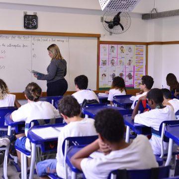 Redes municipal e estadual de ensino vão suspender aulas semana que vem