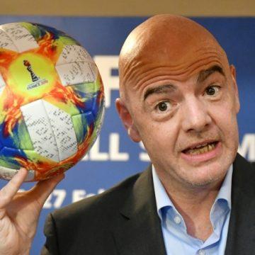 Para presidente da Fifa, coronavírus pode provocar uma reforma no futebol mundial