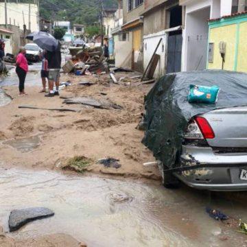 Rio segue em estágio de alerta e há previsão de chuva forte para esta segunda