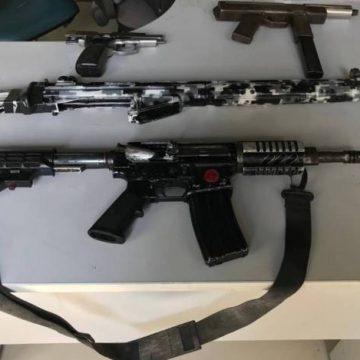 Polícia apreende armas na Baixada Fluminense