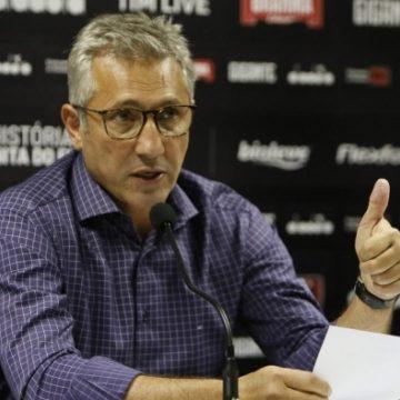Vasco paga primeira parcela do 13º salário aos funcionários do clube