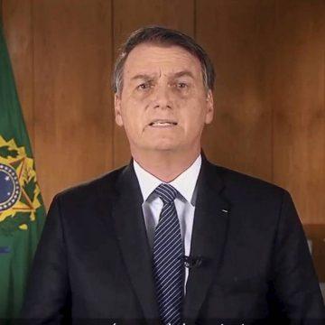 Coronavírus: Bolsonaro diz na TV que não há razão para pânico ainda que problema se agrave