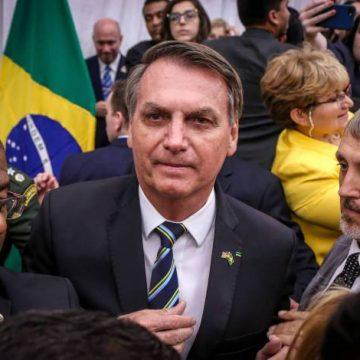 Bolsonaro faz teste para coronavírus; resultado sai na sexta-feira