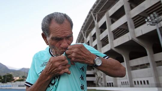 Torcida do Botafogo adere à campanha, e reforma da casa de Manga atinge meta