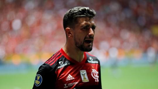Arrascaeta e Matías Viña são convocados pelo Uruguai para eliminatórias da Copa
