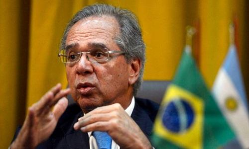 'Estamos absolutamente tranquilos', diz Guedes sobre crise na economia mundial