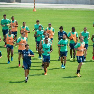 Paralisação por coronavírus gera brecha para redução, mas Flamengo não vai alterar salários de jogadores