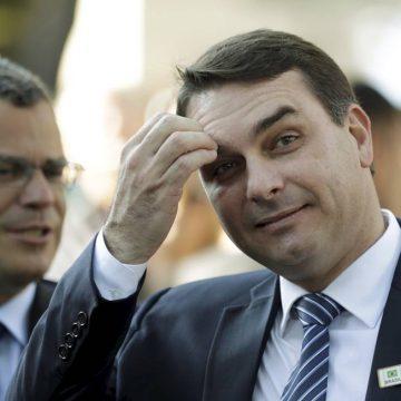 Justiça libera investigação contra Flávio Bolsonaro sobre 'rachadinha'