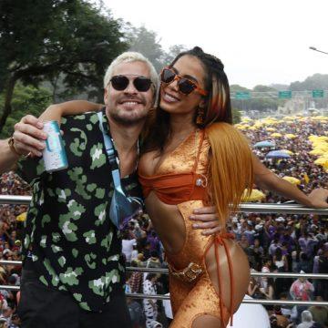 Skol Beats GT promove feat perfeito em encontro de Thiago Martins e Anitta no bloco da cantora em São Paulo