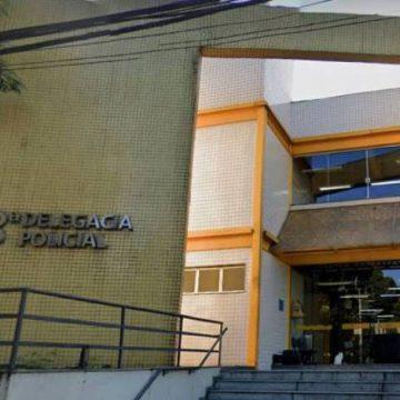 Mulher que decepou órgão genital de adolescente é presa, em Niterói
