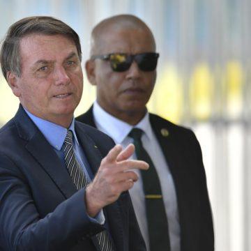 Bolsonaro diz que segundo teste deu negativo para coronavírus