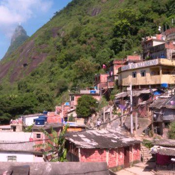 Prevenção nas 763 favelas do Rio é desafio para o poder público