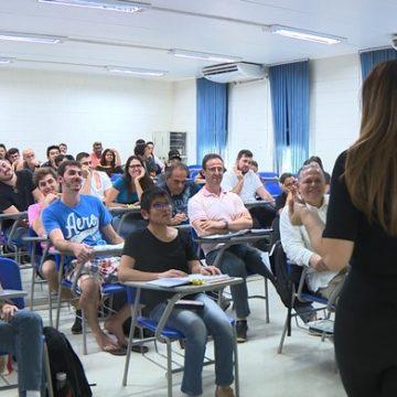 Unicamp oferece disciplina que propõe 'ensinar felicidade' aos alunos