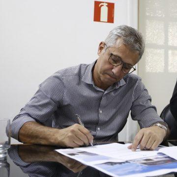 Vasco coloca São Januário à disposição de autoridades; médico, Campello se oferece como voluntário
