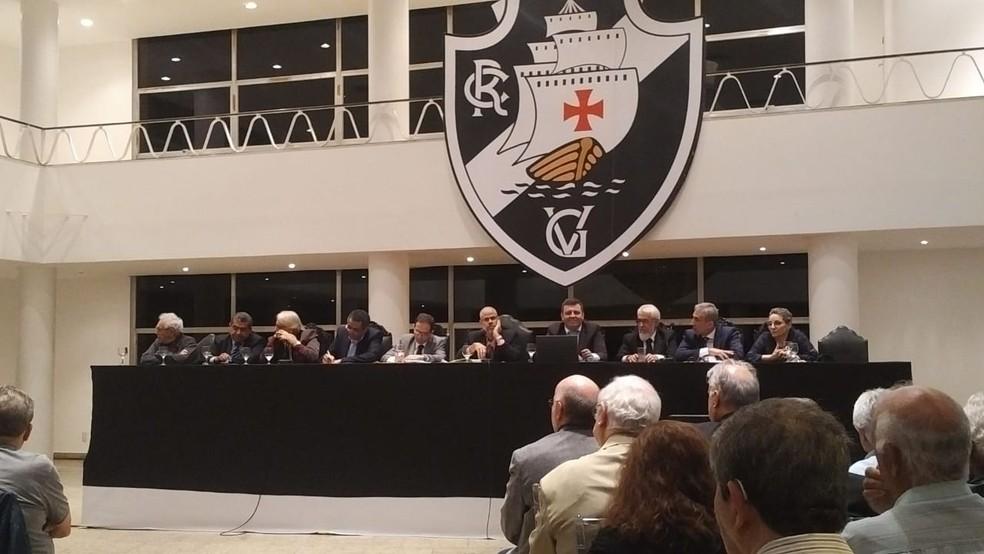 Presidente da Assembleia Geral diz ter tido acesso à lista e começa verificação de sócios no Vasco