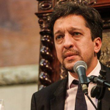 Deputado do PSL é preso por agredir PM em Niterói