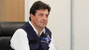 Mandetta afirma que segue no cargo e diz que viu 'grande colaboração na fala do presidente' Bolsonaro