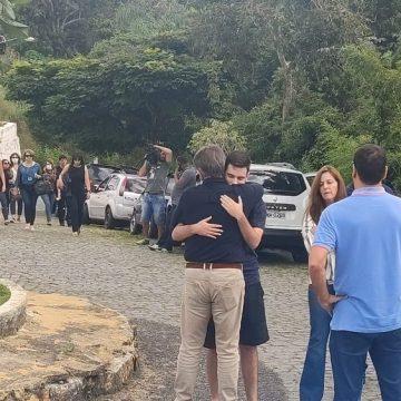 Família e amigos se despedem do ex-ministro Gustavo Bebianno em Teresópolis, no RJ