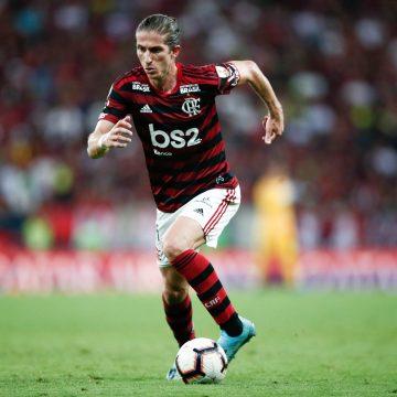 """Filipe Luís vê o Flamengo mais leve na Libertadores após o título em 2019: """"O peso saiu dos jogadores"""""""