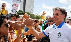 Bolsonaro volta a chamar de 'histeria' medidas de prevenção ao Coronavírus