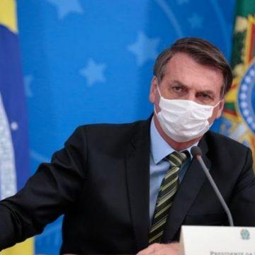 Bolsonaro diz que trocou informações com presidente da China sobre novo coronavírus