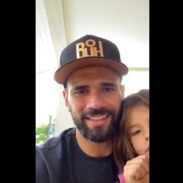 #postavideoídolo: em rede social, Leandro Castan, do Vasco, manda mensagens em vídeos a fãs