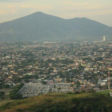 Coronavírus avança em direção à periferia do Rio com confirmações na Zona Oeste e suspeitas na Maré