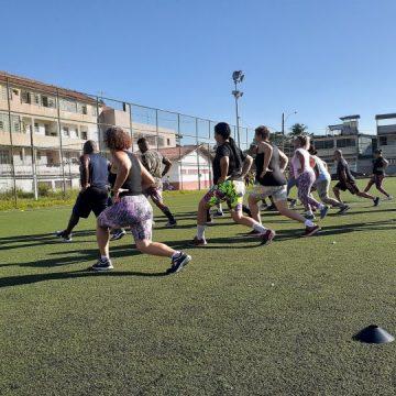 Projeto reúne centenas de pessoas para a prática do exercício físico