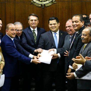 Com aprovação de PECs, estados e municípios poderão reduzir R$ 31,5 bi em gastos, prevê governo