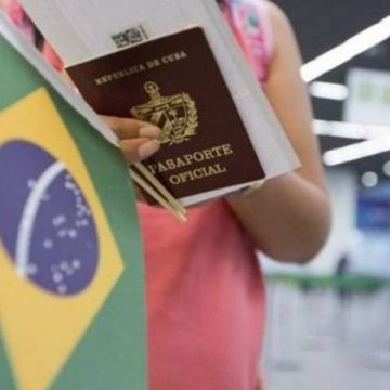 CORONAVÍRUS: 'ANSIOSOS PARA AJUDAR', MÉDICOS CUBANOS AINDA AGUARDAM CONVOCAÇÃO