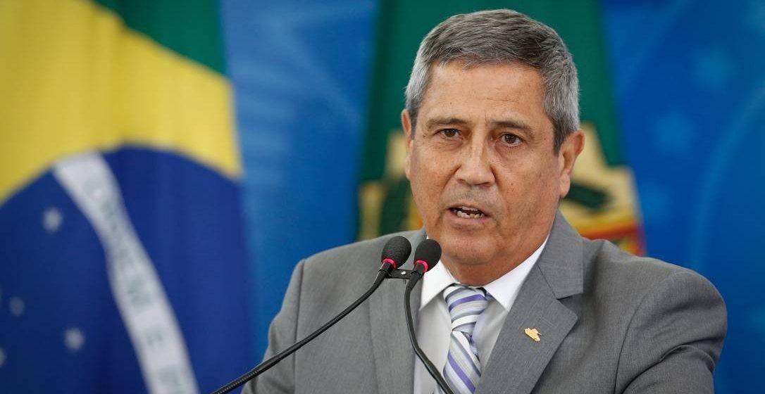 'Não existe essa ideia de demissão do ministro Mandetta. No momento', diz ministro da Casa Civil